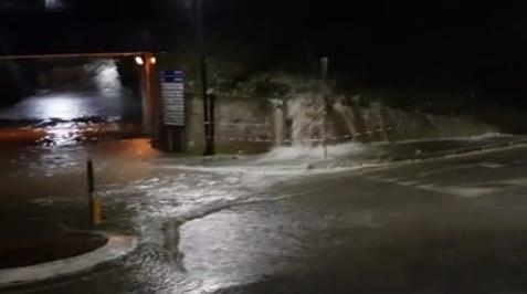 PASSO CORESE – Sottopasso allagato nella notte (VIDEO)