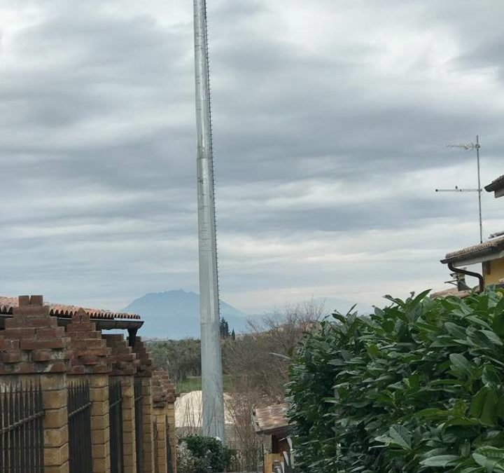 FARA SABINA – La mega antenna telefonica tra Borgo Quinzio e Corese Terra