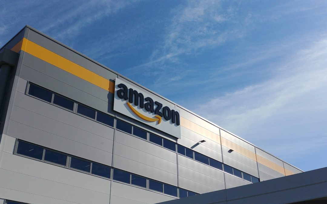 AMAZON – Dipendenti in pigiama per solidarietà